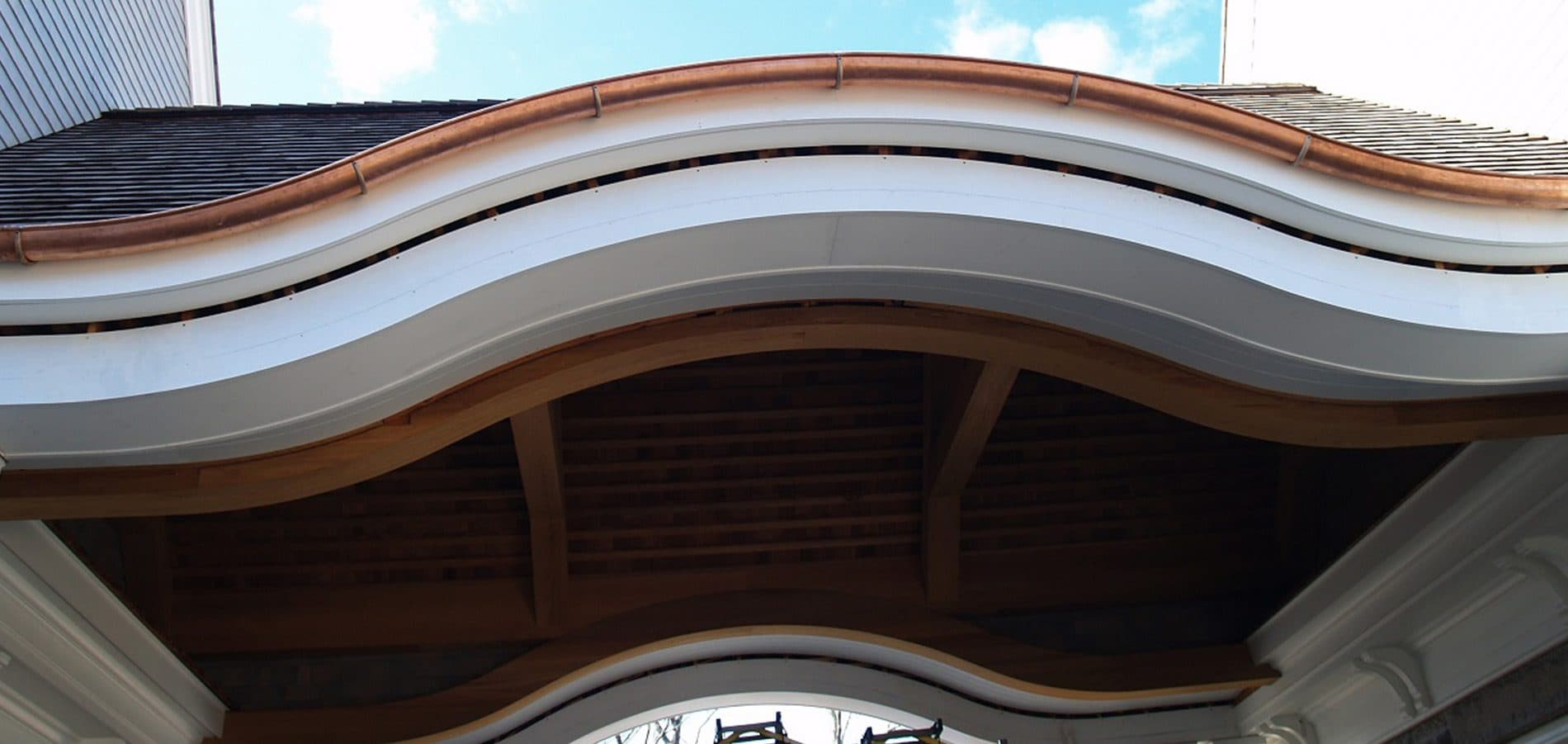 curved gutter